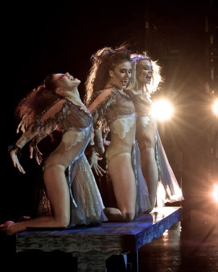 "Elice McKinley, Cecilia Iliesiu and Elizabeth Ousley in Lynne Taylor-Corbett's ""Dracula."" Photo by Chris Walt, 2014."